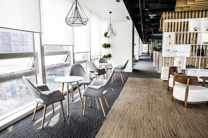 stella-mega-office-design-3