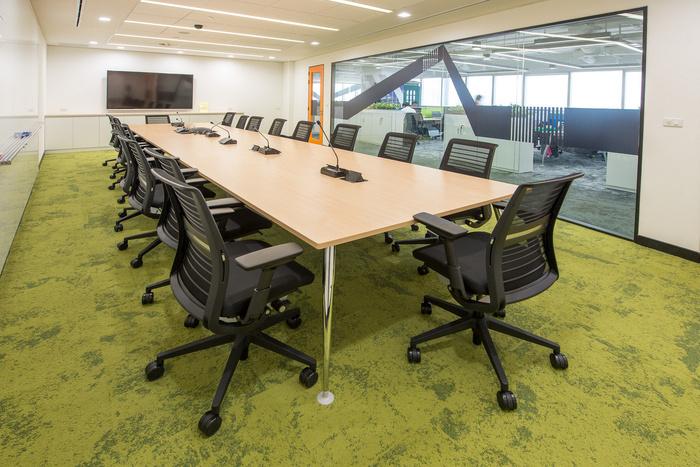 chevrolet-office-design-1