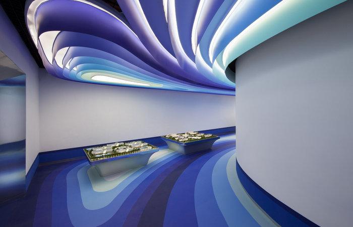 cloud-dcs-data-center-office-design-2