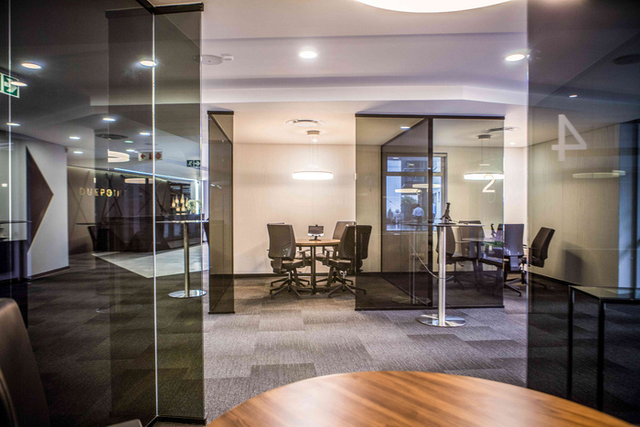 due-point-financial-office-design-1
