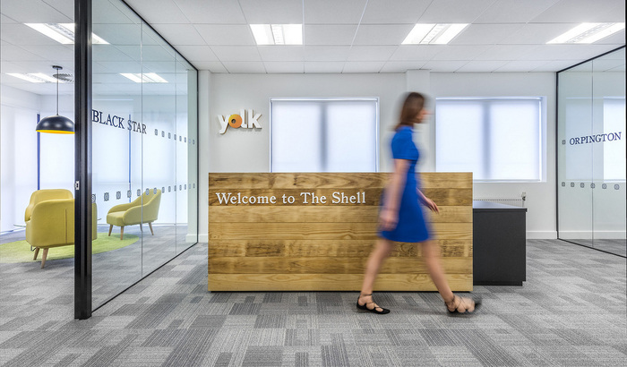 yolk-recruitment-office-design-6