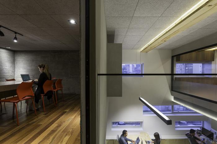 Office_Sao-Paulo_Parente_160302_0019_RET