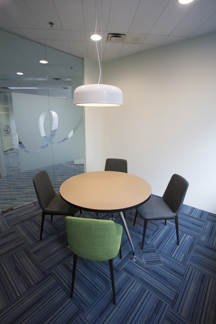 4-small-meeting-room