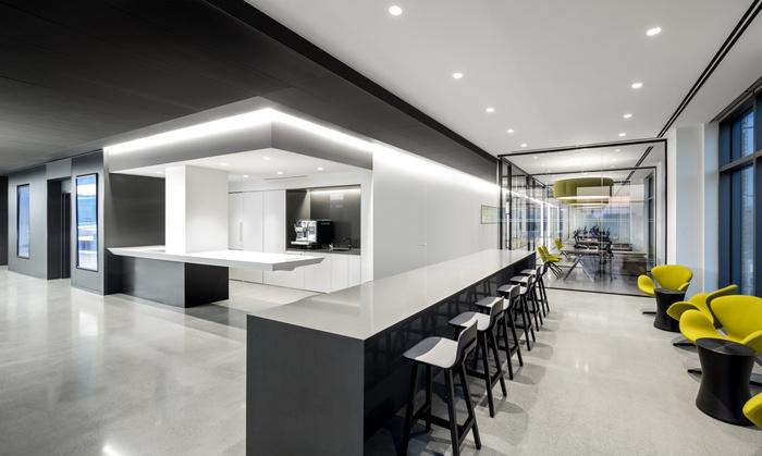 biotronik-office-design-10