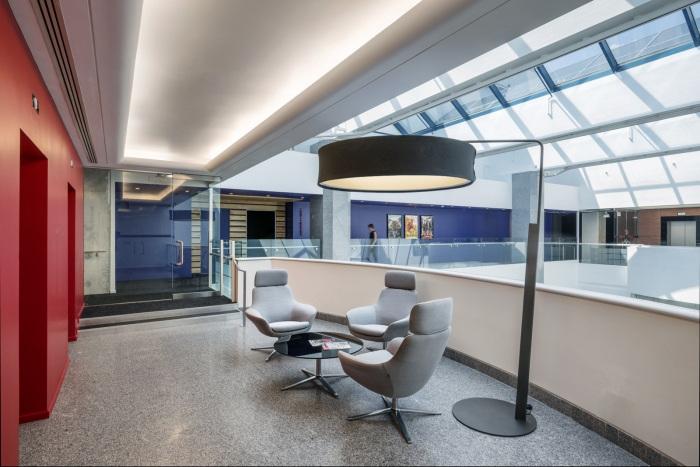 deluxe-office-design-9