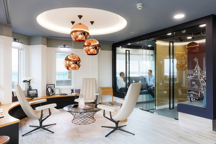 fourfront-group-office-design-1