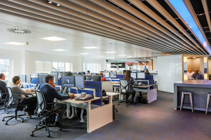 fourfront-group-office-design-8