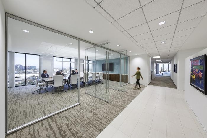 interush-office-design-3