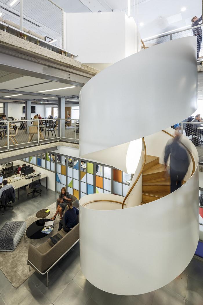 ogilvy-london-office-design-5