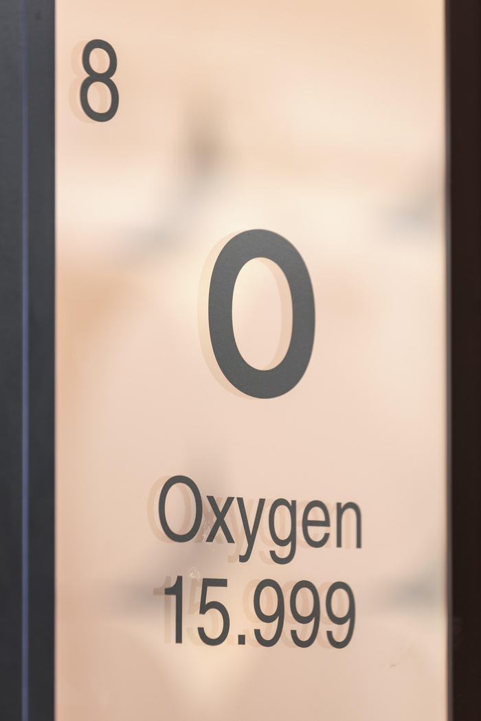 46 - Oxygen branding