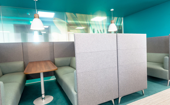Workspace Environment _ The Body shop HQ _ Maris Interiors LLP _19