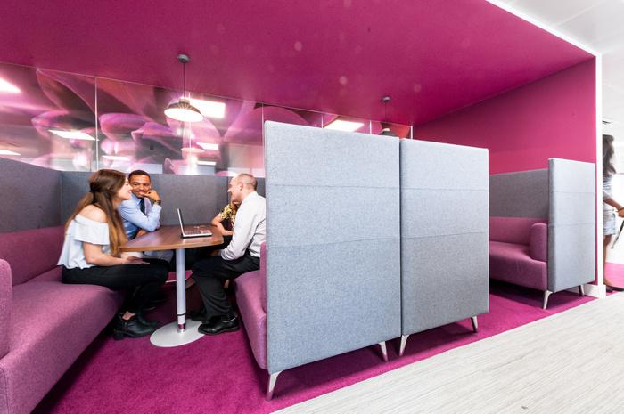 Workspace Environment _ The Body shop HQ _ Maris Interiors LLP _4 (2)