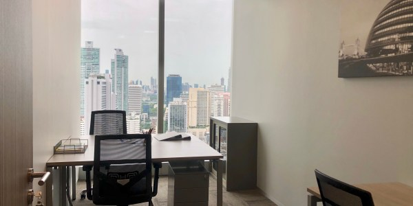 Flexible Office Space at Bhiraj Tower at Emquartier