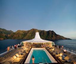 paul gauguin cruise ship tahiti