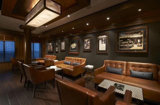 Norwegian cruises escape cruise ship cigar lounge
