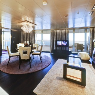 Norwegian cruises escape cruise ship owners suite
