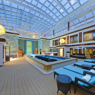 Norwegian cruises escape cruise ship haven courtyard