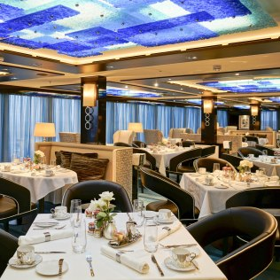 Norwegian cruises escape cruise ship haven restaurant