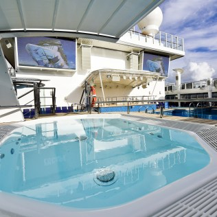 Norwegian cruises escape cruise ship pool deck