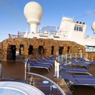 Norwegian cruises escape cruise ship spice deck