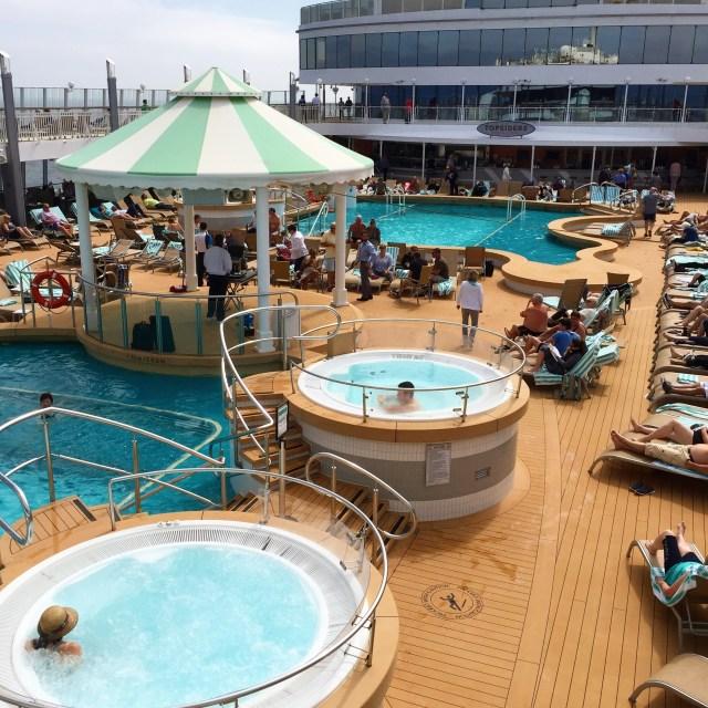 Norwegian cruises Jade cruise ship Norway hot tubs