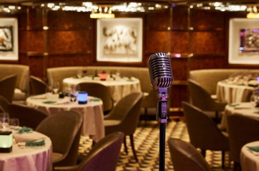 Silver Muse, Interior, dining room, Silver Note, mic