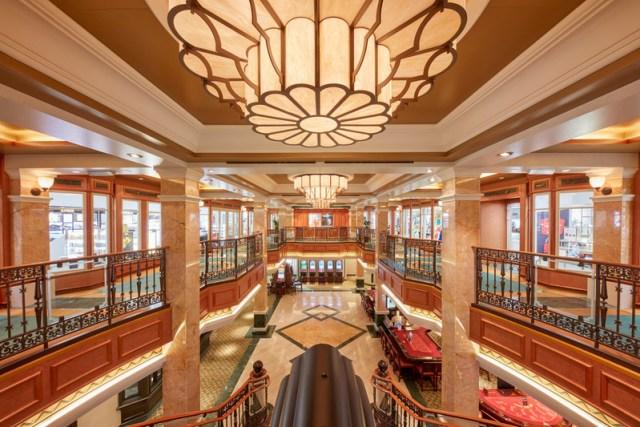 Cunard Queen Elizabeth Shops