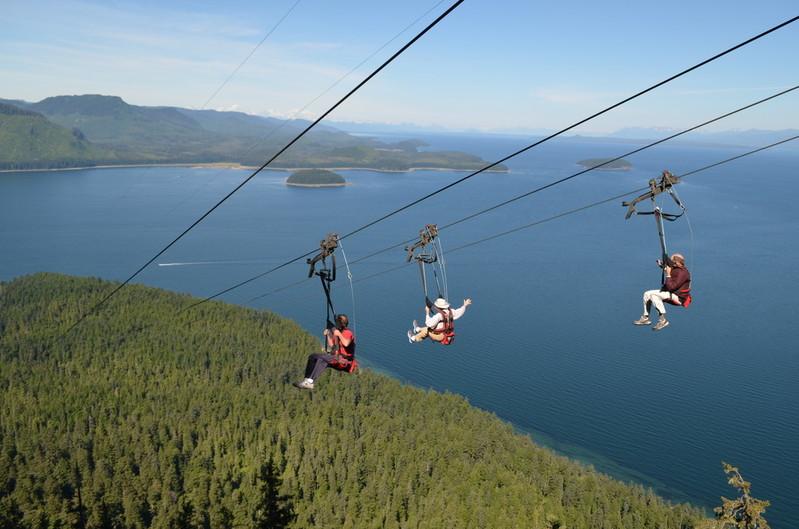 Alaska presents legislation to allow cruises