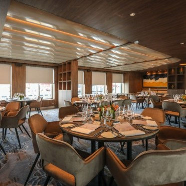 Celebrity Cruises Flora Seaside Restaurant 2