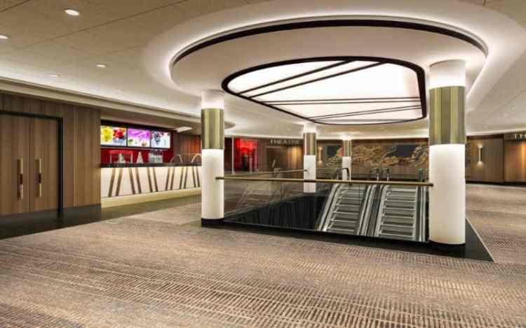Dream Cruises escalator