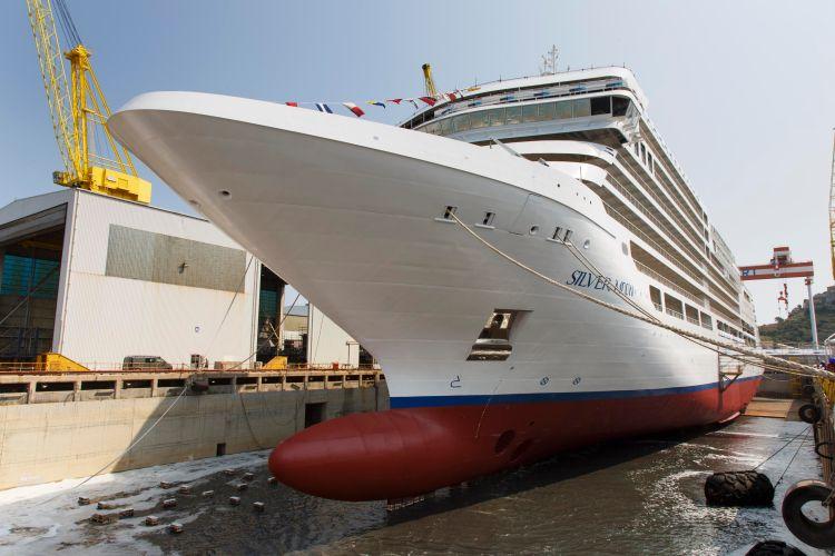 Silversea cruises Silver Moon Bow