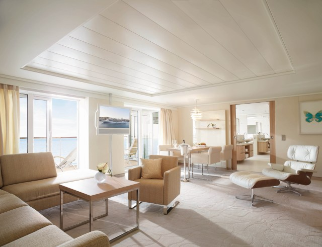 Hapag-Lloyd Cruises MS EUROPA 2 owners suite