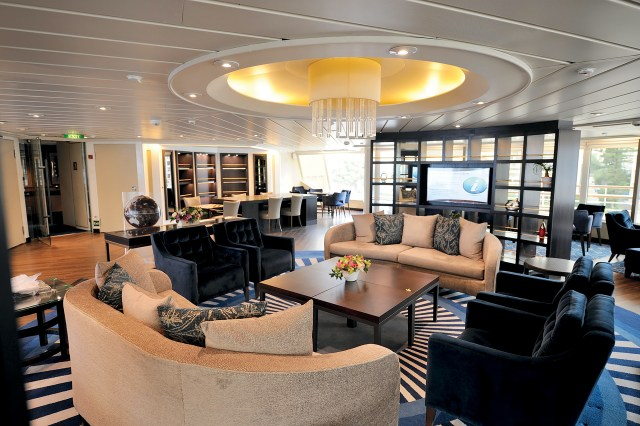 Windstar Cruises Yacht club