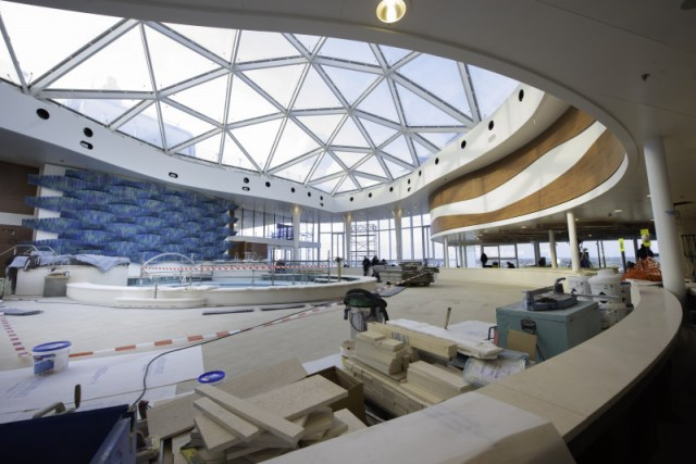 Celebrity Cruises Apex solarium glass roof