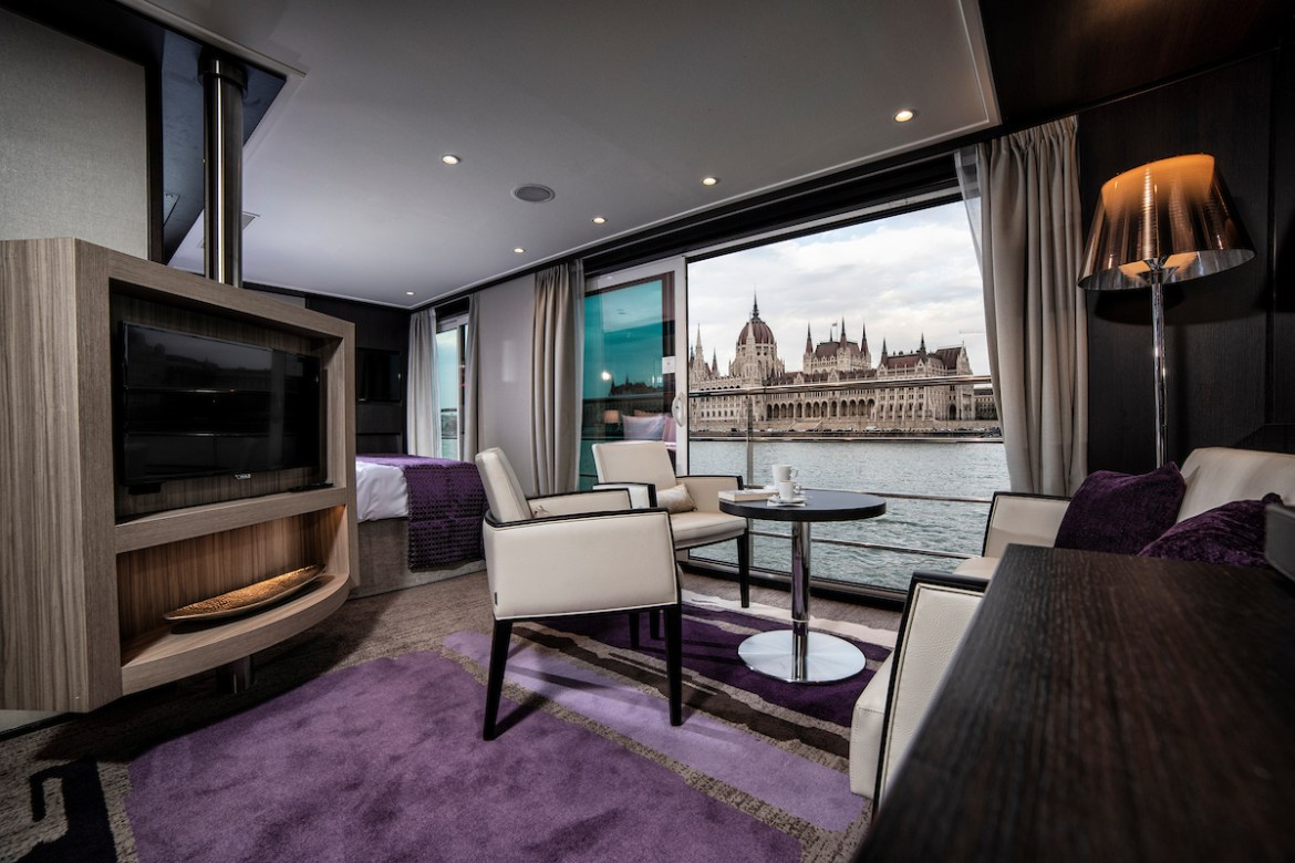 Avalon Waterways announces celebrity storyteller cruises