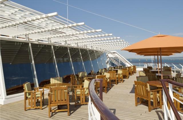 Crystal Cruises Symphony lido deck