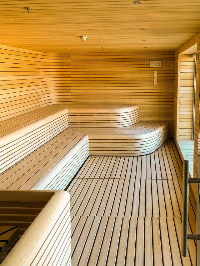 QuarkExpeditions_Ultramarine_Sauna_View01