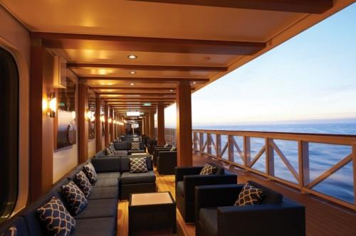 Norwegian Cruise Line Bliss waterfront lounge