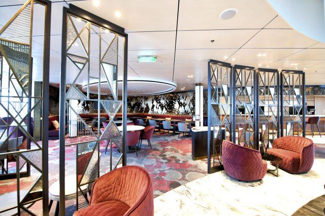 p and o iona cruise ship glass house