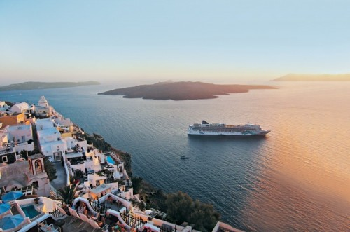 Norwegian Jade homeports in Athens and resumes cruises