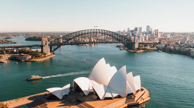 Sydney Australia harbour pauses cruises