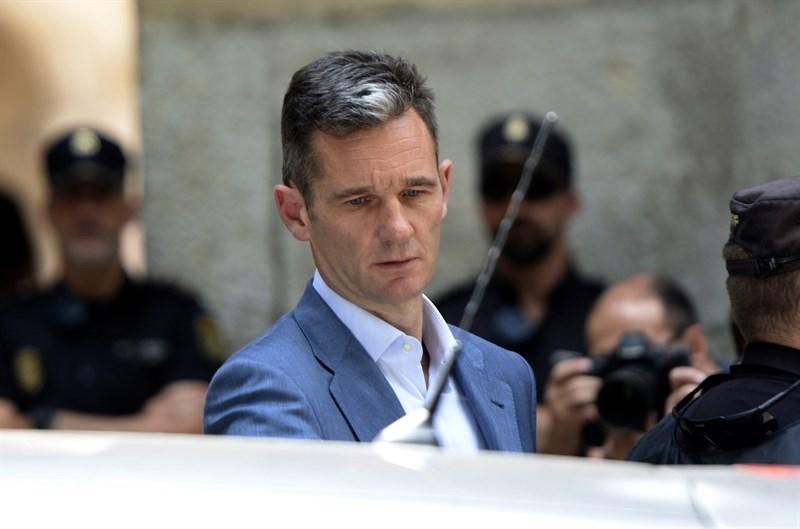 Iñaki Urdangarin regresa a España a escasas horas de su inminente entrada en prisión
