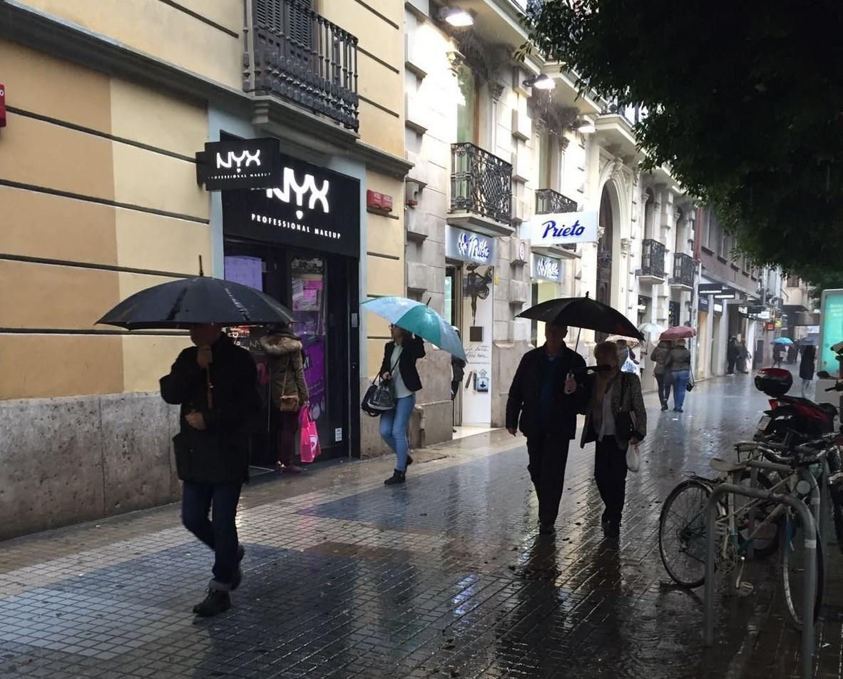 Valencia y Alicante, en aviso por lluvias acompañadas de tormenta