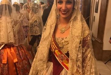 #Fallas17| Así es la mantilla que luce Raquel Alario en su #Ofrena17 como Fallera Mayor de Valencia