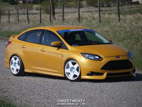 Bill MacKenzie Ford Focus sedan 14R