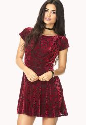 Forever 21. Poetic Velveteen Floral Dress.