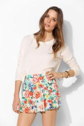 Urban Outfitters. http://www.urbanoutfitters.com/urban/catalog/productdetail.jsp?id=30526008&parentid=W_APP_SHORTS_SHORTS