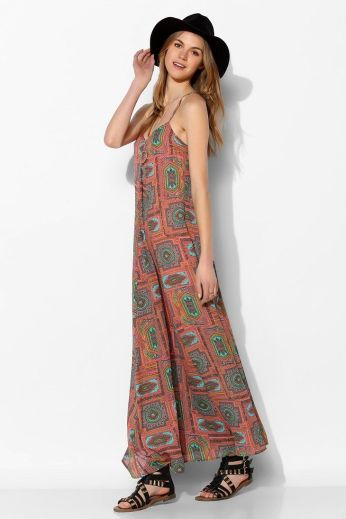 Urban Outfitters. http://www.urbanoutfitters.com/urban/catalog/productdetail.jsp?id=30865349&parentid=W_APP_DRESSES