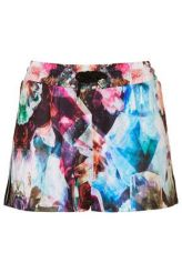 http://us.topshop.com/en/tsus/product/clothing-70483/shorts-70503/mutated-orchid-print-short-by-escapology-2669899?bi=1&ps=200
