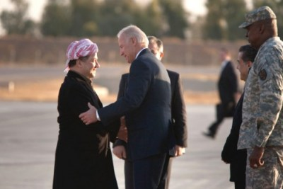 Vice President Joe Biden greets Kurdish Regional President Massoud Barzani on arrival at the Kurdish International Airport in Irbil, Iraq, December 1, 2011 (White House)